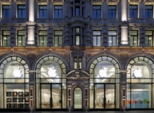 London's Regent Street Apple Store